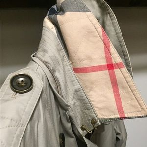 Burberry Brit Short Trench